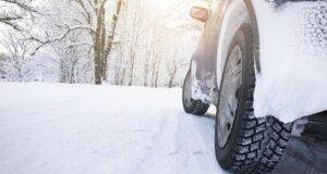 Fahr vorsichtig! Tipps für die Autofahrt im Winter