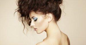 Auf die Schnelle: Frisur & Make-Up für die nächste Party
