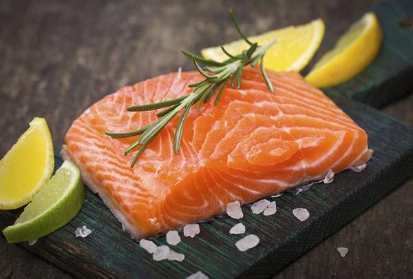 Greenpeace warnt: Kaum ein Fisch kann unbedenklich verzehrt werden