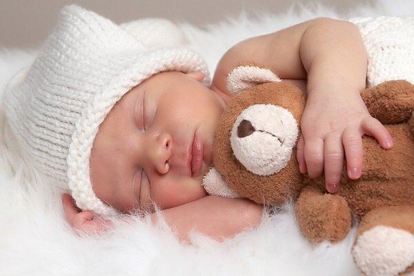 Ohne Schäfchenzählen: So schlafen Babys und Kleinkinder wie ein Murmeltier