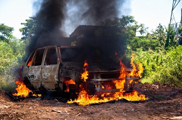 Was tun, wenn das Auto brennt?