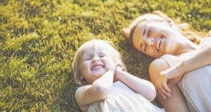 Selbstständige Mütter können Kind und Karriere leichter vereinen