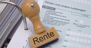 Rentenerhöhung zum 01.07.2016: Tausende Rentner werden steuerpflichtig