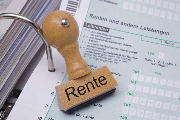 Rentenpläne: Höhere Beiträge oder späterer Ruhestand?