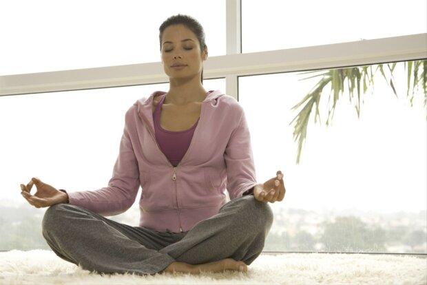 Rauchfrei durch Yoga: So gelingt die Rauchentwöhnung leichter