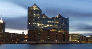 Die Elbphilharmonie wurde an die Stadt übergeben