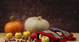 Farbenpracht: Herbstliche Tischdekoration