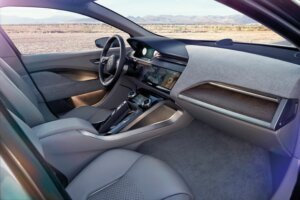 JAGUAR_I-PACE_CONCEPT_Location_Interior_01