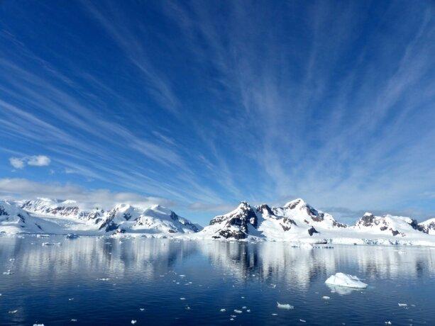 Antarktis: Eis schmilzt so schnell dahin wie nie