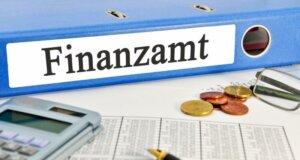 IW-Studie: Über vier Millionen Deutsche zahlen Spitzensteuersatz