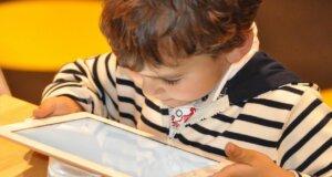 Smartphone-Kosten: Was Eltern unbedingt beachten sollten