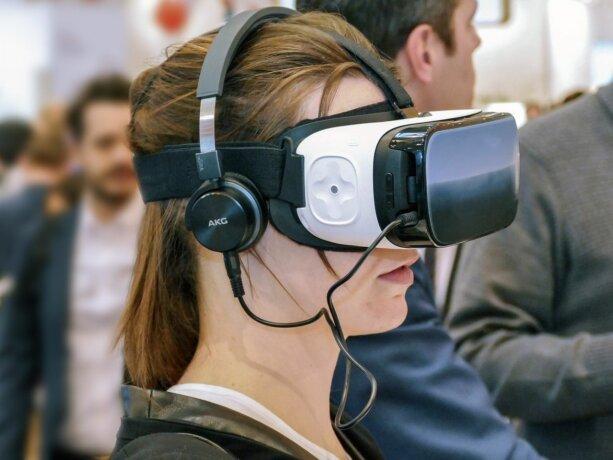 Neue VR-Brille von Facebook wird wahrscheinlich noch dieses Jahr enthüllt