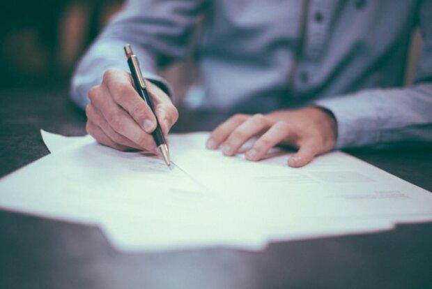 Ehevertrag: Unromantisch oder sinnvoll für Ehepartner?