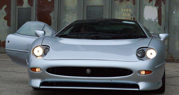 Jaguar XJ220 Test: Pistentauglich