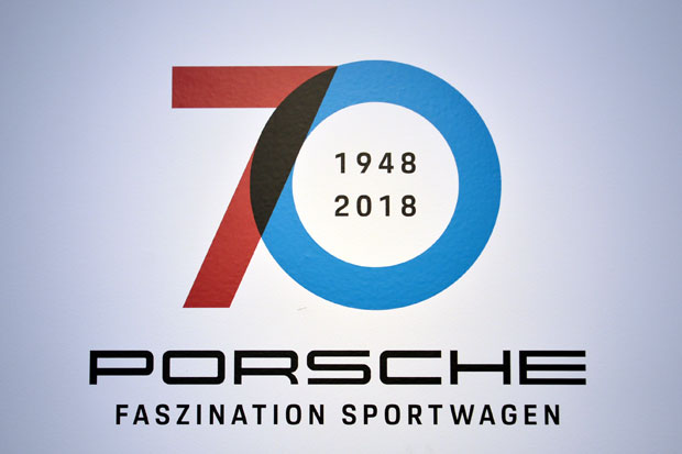 angeschaut 70 jahre porsche sportwagen. Black Bedroom Furniture Sets. Home Design Ideas