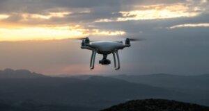 Stichwort Drohnen: Schon die Plakette angebracht?